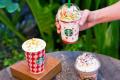 โปรโมชั่น สตาร์บัคส์ สมาชิก My Starbucks Rewards ซื้อ 2 แถม 1 ฟรี และ เครื่องดื่ม ต้อนรับ เทศกาลคริสต์มาส Strawberry Snowy Cream Frappuccino® และ Snowball Peppermint Dark Mocha ที่ Starbucks